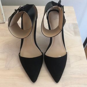 Zara pointed toe pumps with ankle cuff